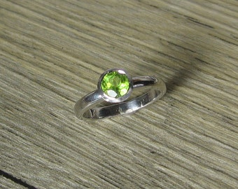 Peridot Sterling Silver Ring - Birthstone, Made to Order