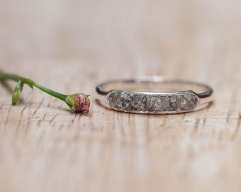 Soul light - Raw Diamond Ring with Faerie Dust