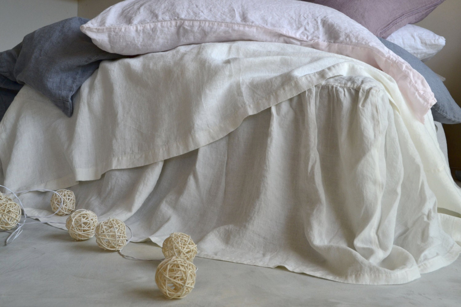 antique white pure stonewashed linen ruffled bedskirt bed. Black Bedroom Furniture Sets. Home Design Ideas