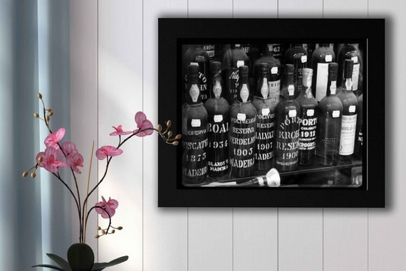 Black And White Wine Wall Decor : Black and white wine liquor rum alcohol bottles dry bar wall