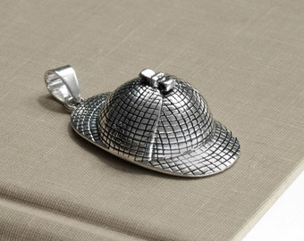 Sherlock Holmes 221B Silver Detective Deerstalker Hat Pendant SHHP1