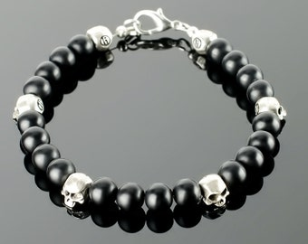 Mens Skull - Skull bracelets for men with black gemstones: onyx, silver plated skull beads and 20 colors to choose!