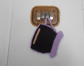 Crocheted Tea Cup pot holder /hot pad /trivet in violet purple and orchid