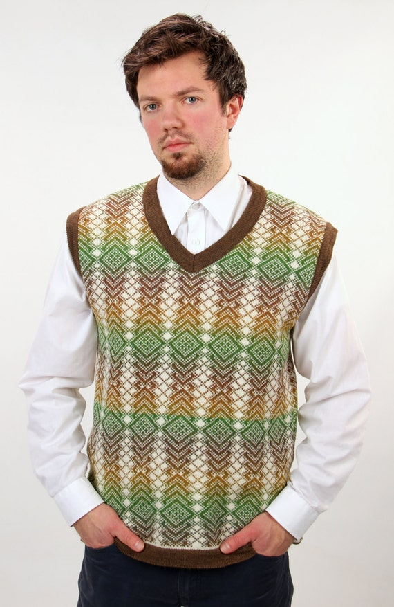 Knitting Pattern Mens Sleeveless Vest : Mens Sleeveless Vest Knitting Pattern - Cashmere Sweater England