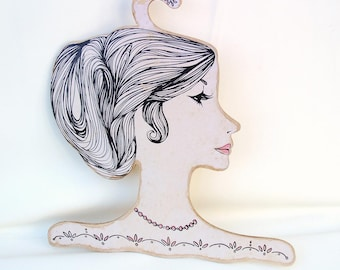 Vintage Store Display | Dress Hanger | Wood Clothes Hanger | Wooden Mannequin Head | Ladies Head – As Is