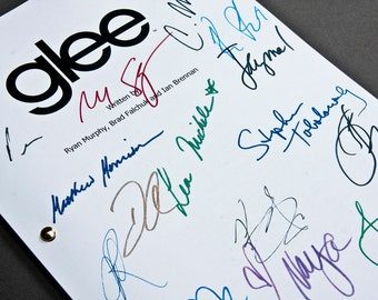 Glee TV Script with Signatures/Autographs Reprint