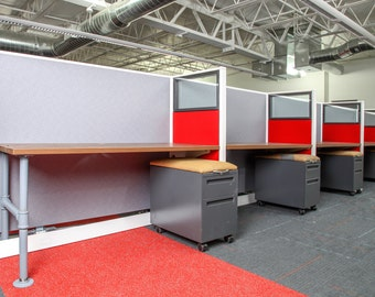 Small Refurbished Workstations / Call Center Cubicles / Telemarketing Stations Small Cubicles Cubicles with Glass Reclaimed cubicles Cubes