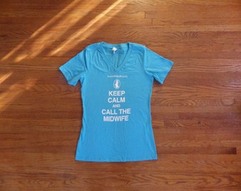 Keep Calm and Call the Midwife Women's T-shirt - size L