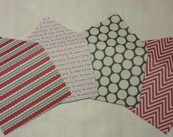Set of 4 Festive Holiday Envelopes