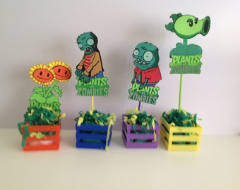 Plants vs. Zombies - EvaFoam - Wall Decor, 12 Favor Bags and 12 Centerpiece Picks  Ideal for party decoration, or wall decoration