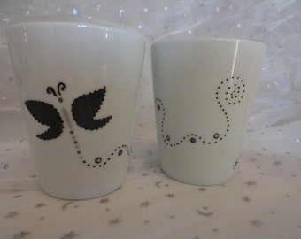 Two glasses in the butterfly pattern