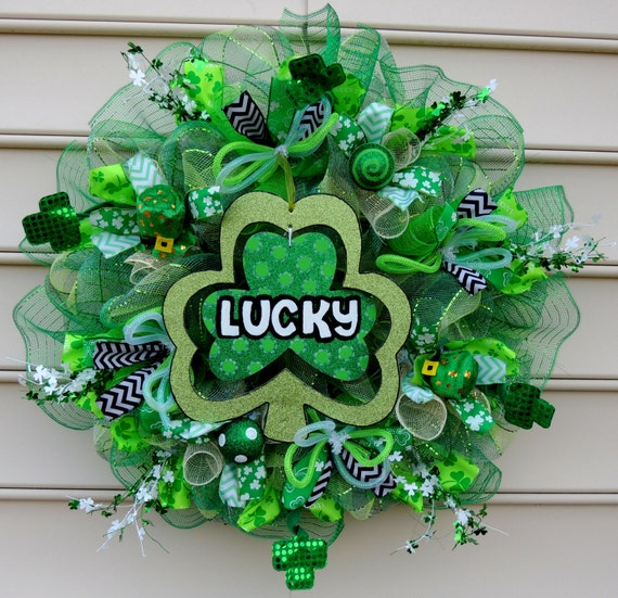 lucky deco mesh st patricks day wreath st by. Black Bedroom Furniture Sets. Home Design Ideas