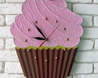 "Handmade wall clock ""Cupcake"""