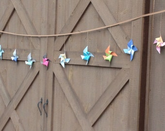 Paper Pinwheel Garland, Rustic Chic, Whimsical, Party Decor, Wedding, Barn, Vintage-Style Pattern, Bunting