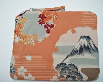 Zipper Purse Designed In Japanese Fabric