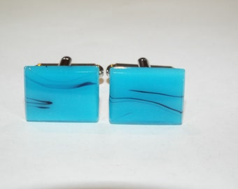 1287--Very nice, Beautiful blue stone on silver tone cufflinks.  Gorgeous!