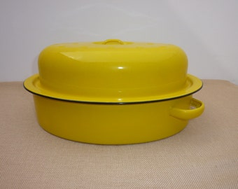 Vintage Enamelware Oval 30 cm Roaster Different Colors, Brand New Vintage Item Made in the 70's/80's Never Used in Original Carton Box