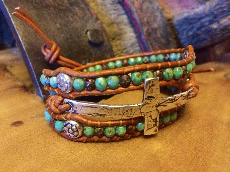 Bijoux Western Argent : Croix en argent bracelet de cuir bijoux western cow girl
