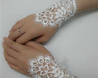 Bridal Gloves, Wedding Gloves adorned with pearls and lace flowers S150315