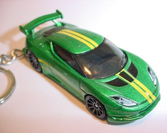 3D Lotus Evora GT4 custom keychain by Brian Thornton keyring key chain finished in green/yellow color race trim
