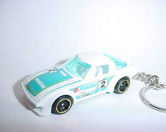 3D Mazda RX-7 custom keychain by Brian Thornton keyring key chain finished in white racing trim