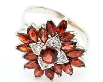 Garnet Ring. 925 Silver. Size 8. TMPL_SKU001133