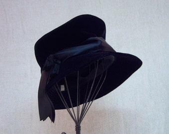 Vintage Black Velvet Hat. Mid Century Velvet Hat.