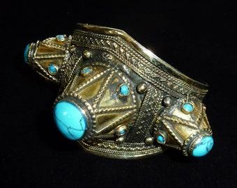 Bracelet Vintage spike tribal avec pierres turquoises et inlays, Kuchi
