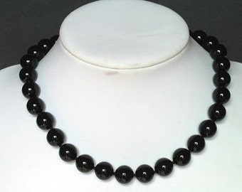 Necklace Black Onxy 12mm Round Beads NSNX3994