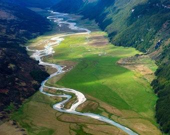 Landscape Fine Art Print, New Zealand, river valley near Queenstown