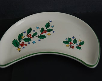 Vintage set of 6 crescent salad plates from Saint Clément, France. Holly pattern for Christmas or a winter table