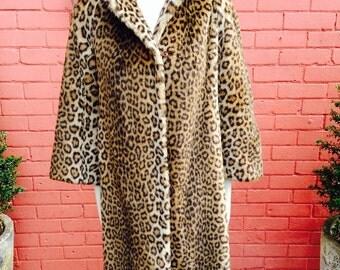 Stunning 1950s leopard print faux fur