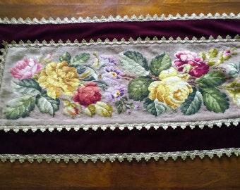 Vintage Needlepoint Table Runner/ Beautiful Vintage French 60s Runner/ Handmade Needlepoint Runner with Floral Motive/ Vintage Home Decor