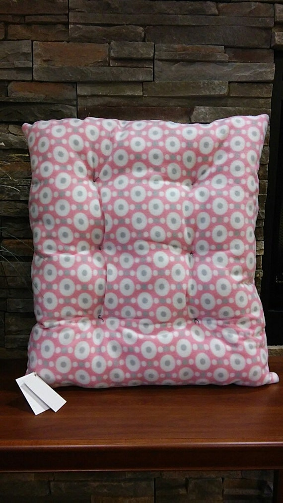 Dog bed pink gray polka dot pet bed cat bed by for Homemade pet beds