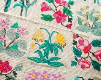 Crocheted flower afghan throw gardeners lap blanket spring summer floral handmade