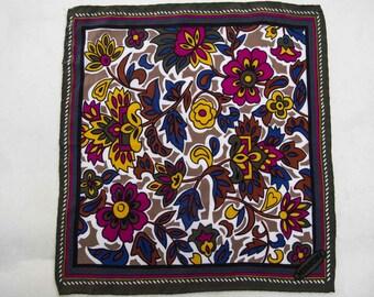 Pochette florelale handkerchief Missoni scarf