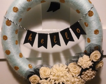Modern Mint and Gold Wreath