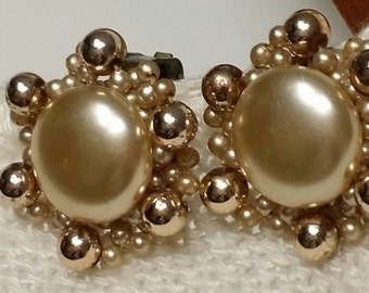 SALE 10% Vintage Goldtone Button Beaded Clipon Earrings