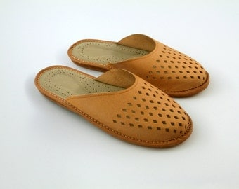 Beautiful handmade leather slippers for women