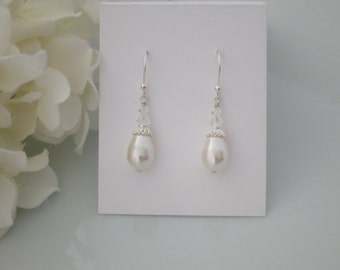 Swarovski teardrop pearl earrings, Crystal and pearl bridal earrings, Vintage style wedding earrings, Bridesmaid earring
