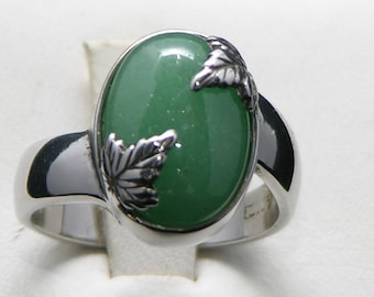 Woman's Sterling Silver Adventurine Ring