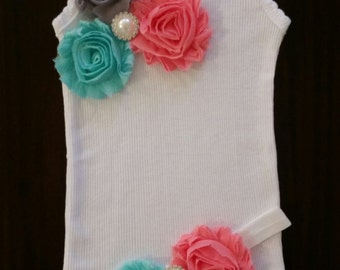 Handmade Baby girl vintage inspired singlet and headband set.Embellised singlet.Baby girl singlet. Sizes 0000,000,00,0,1,2