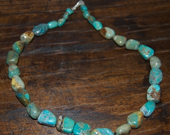 Beautiful Handmade Turquoise Stone Necklace 22 1/4""