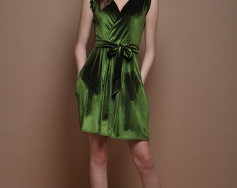 Grass Green Velvet Mini Dress Wrap Neck Sleeveless Pockets