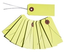 10 yellow kraft labels with wire