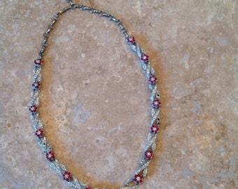 Valentines gift idea! vintage rhinestone necklace