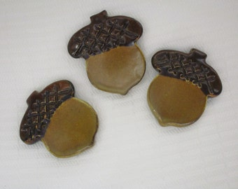 Acorn Pottery Magnet