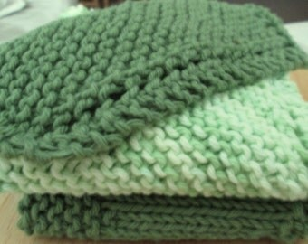 Hand Knitted Green Dish Cloth Set With Two Cloths and One Scrubby