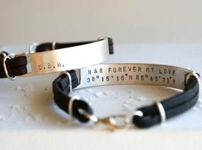 Personalised mens recycled silver bracelet >> hidden message bracelet >> stamped silver and leather bracelet >>