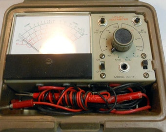 Heathkit Utility Solid-State Voltmeter Model  IM-17 Plastic Carry Case